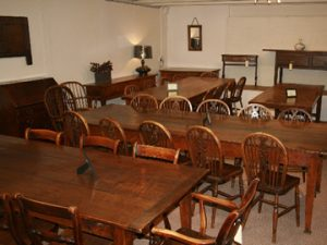 antique-tables-53-IH.jpg